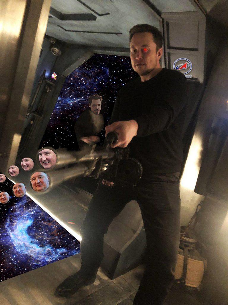 Илон Маск стал героем мемов