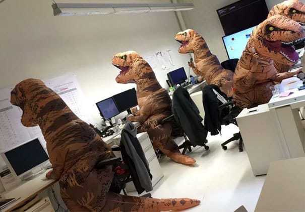 Так выглядит Хэллоуин на кафедре палеонтологии