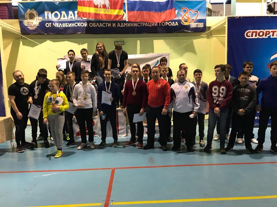 Владимир Семенов с учениками